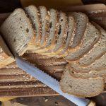 Pan de molde perfecto y fácil  con copos de avena .