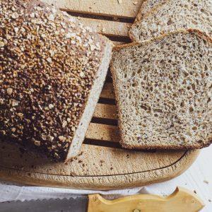 Pan integral con semillas variadas