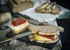 postres de queso con membrillo